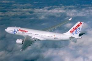 air europa en vuelo 300x199 Air Europa llega a Perú con Vuelos Directos