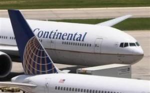 avion Continental Airlines 300x187 Continental Airlines la aerolinea estadounidense con mejor reputación