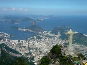 Cristo rio de janeiro1 300x225 Vuelos Baratos a Rio De Janeiro