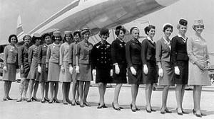 evolucion asistente de vuelo 300x168 La evolución de las azafatas o asistentes de vuelos
