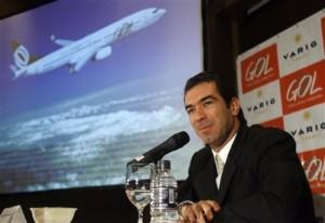 Constantino de Oliveira Junior 300x206 Historia de la Aerolínea Brasileña Gol
