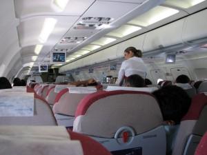 mejorando el vuelo 300x225 Principales inconvenientes de salud a la hora de volar