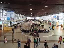Aeropuerto Santiago La respuesta de las aerolíneas ante un retraso en el vuelo