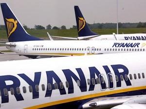 viajes Madrid y Manchester con ryanair 300x224 Aerolínea Ryanair tendrá nuevo vuelo entre Madrid y Manchester