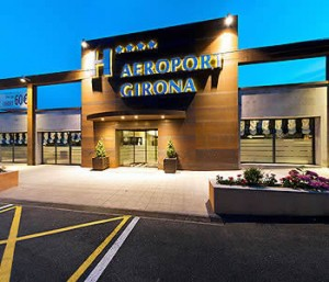 aeropuerto girona 300x257 Inversión de AENA en aeropuerto de Girona