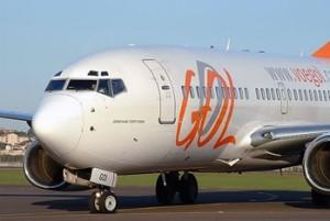 aerolinea gool 300x201 Aerolínea Gol celebra la entrega de Boeing 737 800