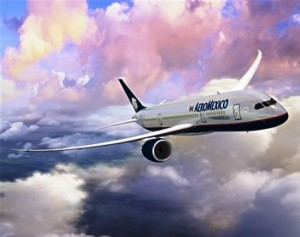 aeromexicoooo 300x237 Aeroméxico realiza vuelo con biocombustible