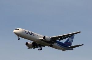 laaaaan 300x194 En Lima estuvo el avión más moderno del mundo