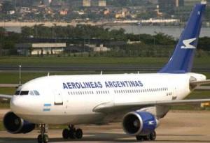aerolineas argentinas 300x205 Aerolineas Argentinas suman nueva ruta Rosario  Ezeiza